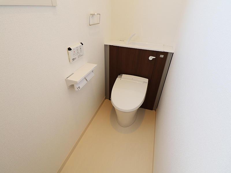 ゼロキューブ新築完成 1階:トイレ|滋賀で家を建てるなら匠工房