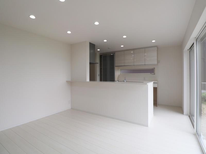 新築フォーセンス完成 対面キッチン|滋賀で家を建てるなら匠工房