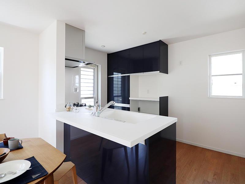 フォーセンス新築完成 対面キッチン|滋賀で家を建てるなら匠工房