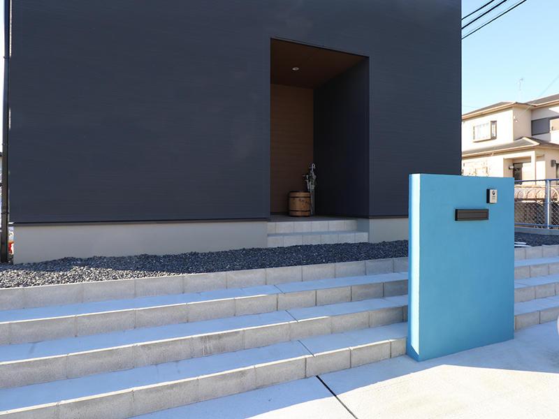 フォーセンス新築完成 全面階段に|滋賀で家を建てるなら匠工房
