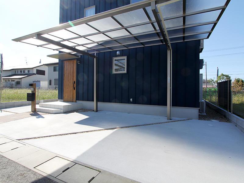 ゼロキューブ新築完成 カーポート|滋賀で家を建てるなら匠工房